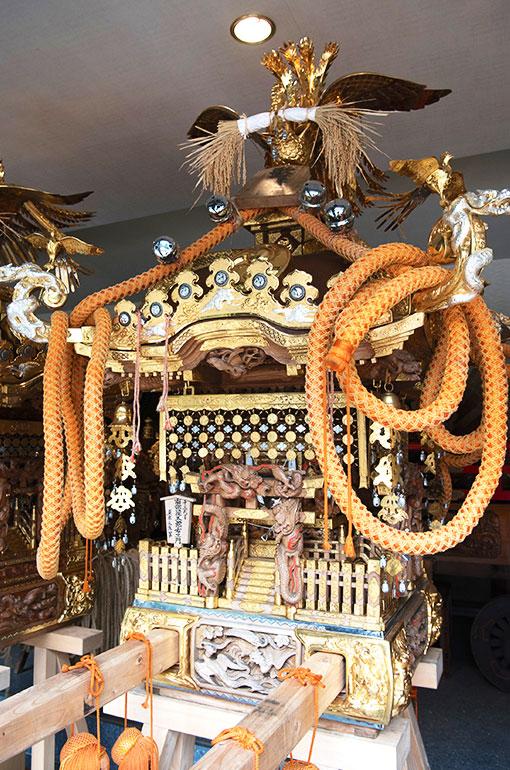 歌舞伎町睦の町神輿