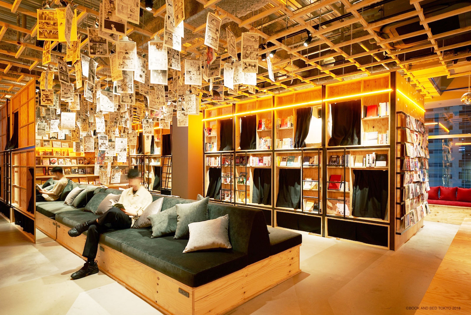 「SHIBUYA PUBLISHING & BOOKSELLERS」(渋谷区)が選書する幅広いジャンルの本が並ぶ